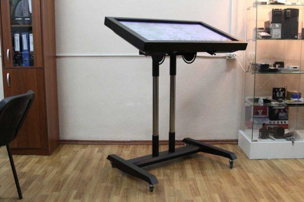 Сенсорный стол CRAS Q